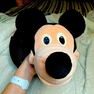 'Old School' Mickey Mouse House slippers